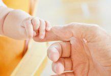 Potówki u noworodka - czy jest się czym martwić?